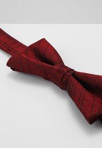 Calvin Klein - SIMPLE WINDOWPANE BOW TIE - Pajarita - red - 3