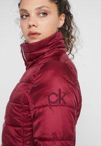 Calvin Klein Golf - JACKET - Outdoorjakke - burgundy - 4