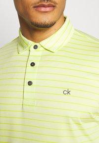 Calvin Klein Golf - SPLICE - Funkční triko - lime - 4