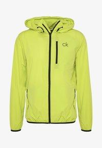 Calvin Klein Golf - ULTRA LITE JACKET - Sportovní bunda - lime - 4
