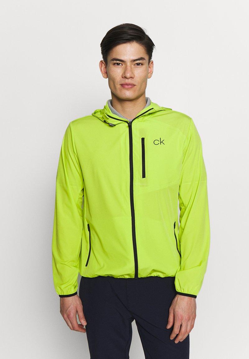 Calvin Klein Golf - ULTRA LITE JACKET - Sportovní bunda - lime
