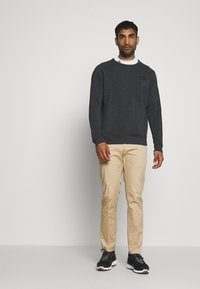 Calvin Klein Golf - COLUMBIA CREW NECK - Mikina - charcoal marl - 1