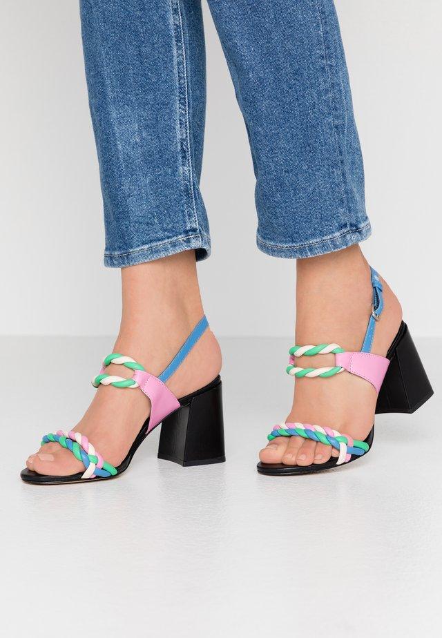 ARIANA - Sandaalit nilkkaremmillä - multicolor