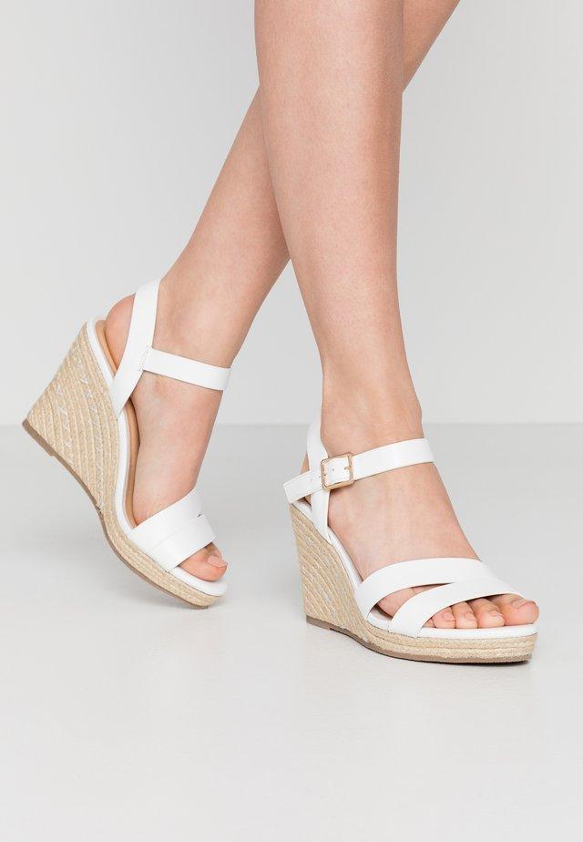 HAMATI - Sandalen met hoge hak - blanc