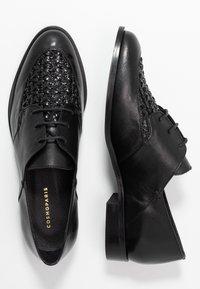 Cosmoparis - ELENAGE - Lace-ups - noir - 3