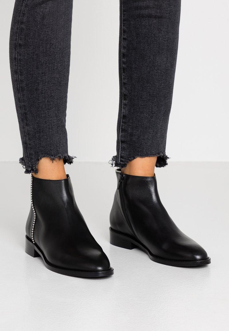 Cosmoparis - EPORIA - Ankle boots - noir