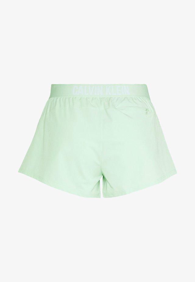 SHORT - Korte sportsbukser - green
