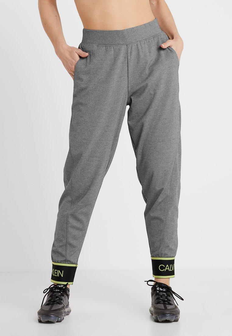 Calvin Klein Performance - PANTS - Pantalones deportivos - medium grey heather