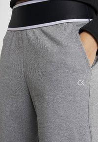 Calvin Klein Performance - PANTS - Trainingsbroek - grey - 3