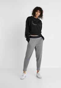 Calvin Klein Performance - PANTS - Trainingsbroek - grey - 1