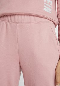 Calvin Klein Performance - PANTS - Tracksuit bottoms - pink - 5