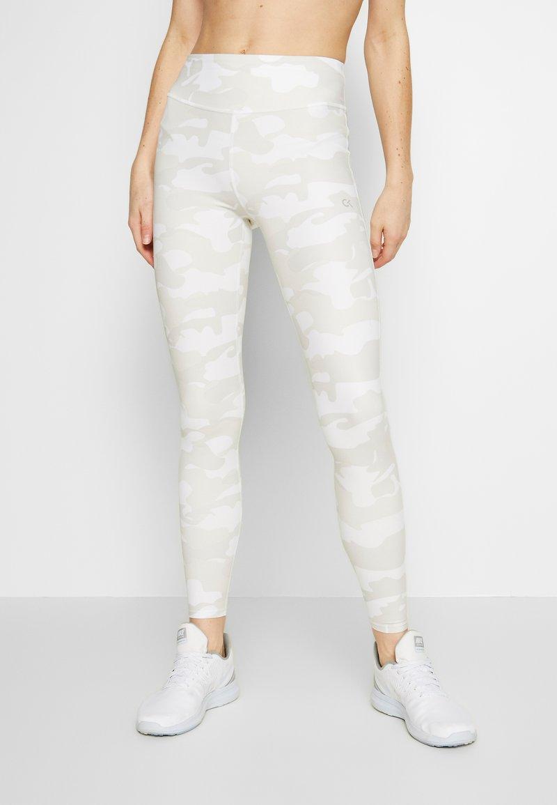 Calvin Klein Performance - Punčochy - white