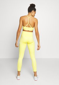 Calvin Klein Performance - FULL LENGTH - Punčochy - yellow - 2