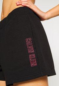 Calvin Klein Performance - Sports shorts - black - 4