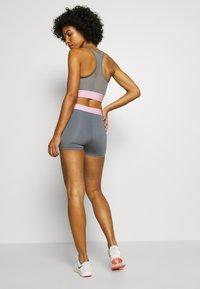Calvin Klein Performance - SHORT - Leggings - grey - 2