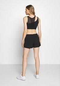 Calvin Klein Performance - SHORT - Sportovní kraťasy - black - 4