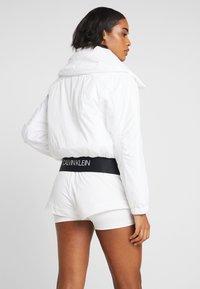Calvin Klein Performance - LIGHT WEIGHT PADDED JACKET - Training jacket - white - 2