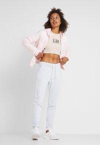Calvin Klein Performance - LIGHT WEIGHT PADDED JACKET - Veste d'hiver - pink - 1