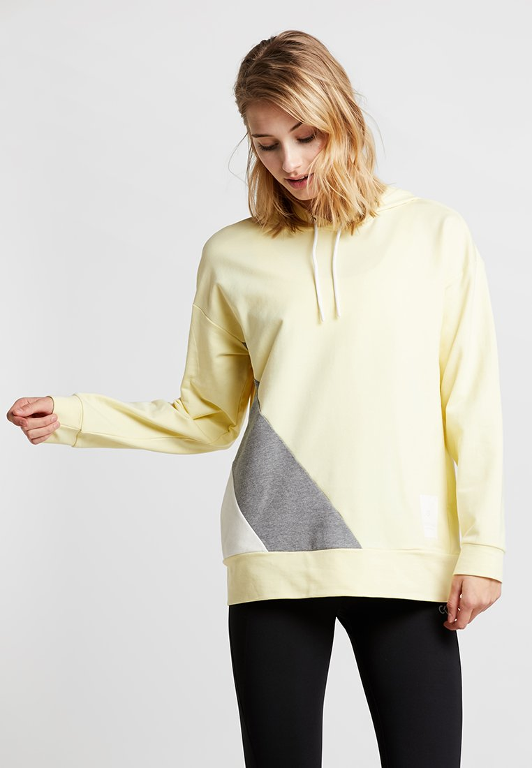 Calvin Klein Performance - Jersey con capucha - wax yellow