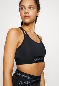 Calvin Klein Performance - LOW SUPPORT BRA - Sports-BH - black - 4