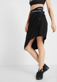Calvin Klein Performance - ASYMMETRIC SKIRT - Jupe de sport - black - 0