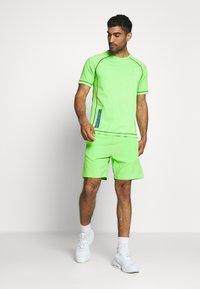 Calvin Klein Performance - SHORT SLEEVE - Print T-shirt - green - 1