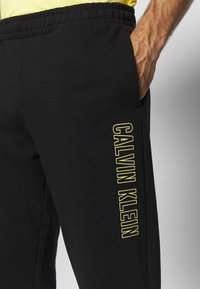 Calvin Klein Performance - PANTS - Trainingsbroek - black - 4