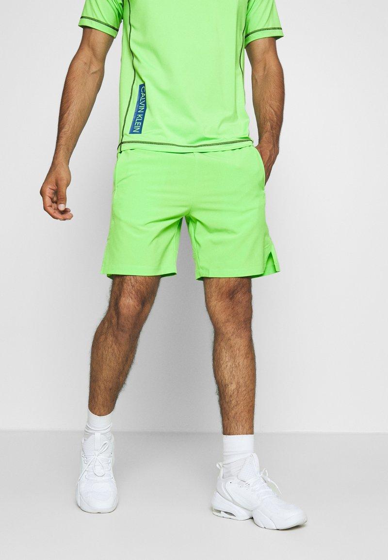 Calvin Klein Performance - SHORT - Pantaloncini sportivi - green
