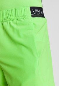 Calvin Klein Performance - SHORT - Pantaloncini sportivi - green - 4