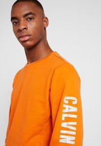 Calvin Klein Performance - Sweatshirt - orange - 3