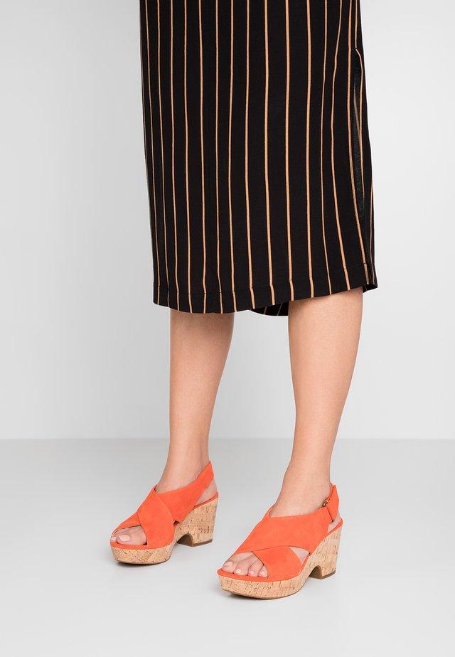 MARITSA LARA - Platform sandals - orange
