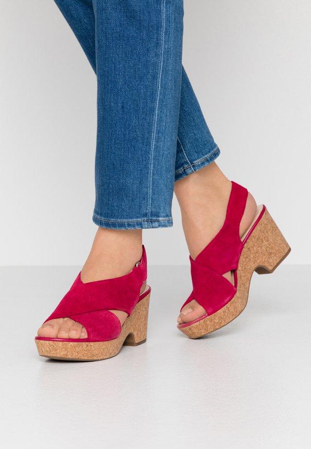 MARITSA LARA - Platform sandals - fuchsia
