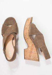 Clarks - MARITSA LARA - Platform sandals - olive - 2