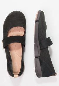 Clarks - TRI CARRIE - Ballerina's met enkelbandjes - black - 2