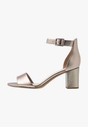 DEVA MAE - Sandals - pewter