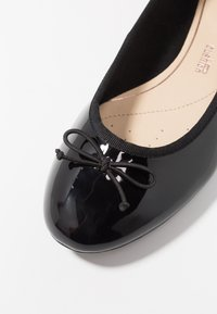 Clarks - COUTURE BLOOM - Ballerina's - black - 2