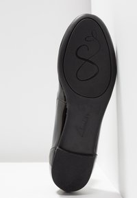 Clarks - COUTURE BLOOM - Ballerina's - black - 6