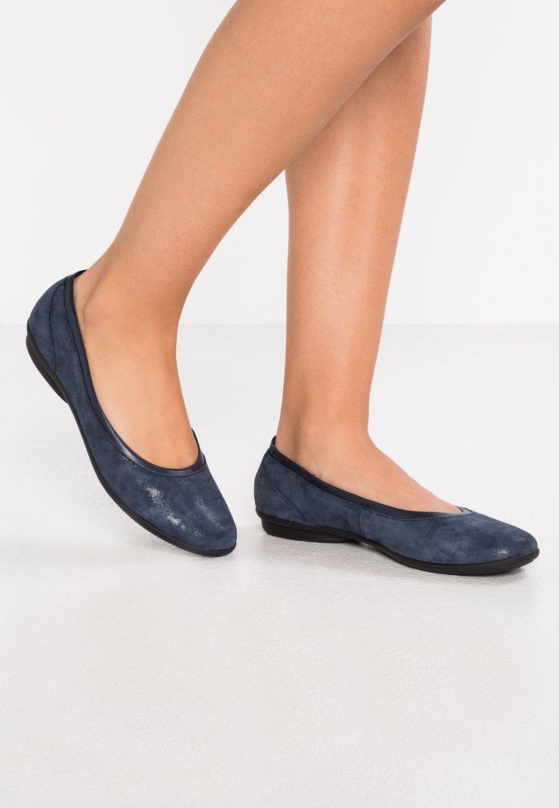 Clarks - GRACELIN MARA - Ballet pumps - navy