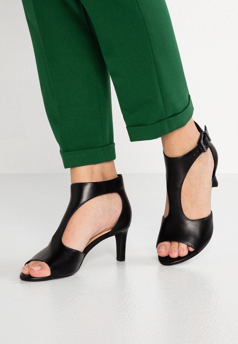 Clarks - LAURETI STAR - Sandals - black