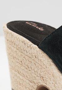 Clarks - MARITSA MULE - Pantolette hoch - black - 2