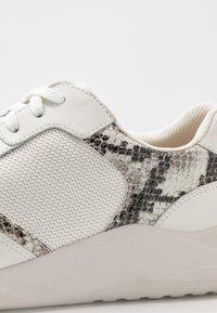 Clarks - SIFT LACE - Zapatillas - grey - 2