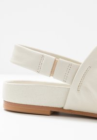 Clarks - PURE STRAP - Sandalias - white - 2