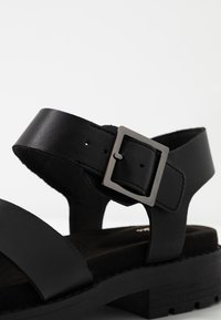 Clarks - ORINOCO STRAP - Platform sandals - black - 2
