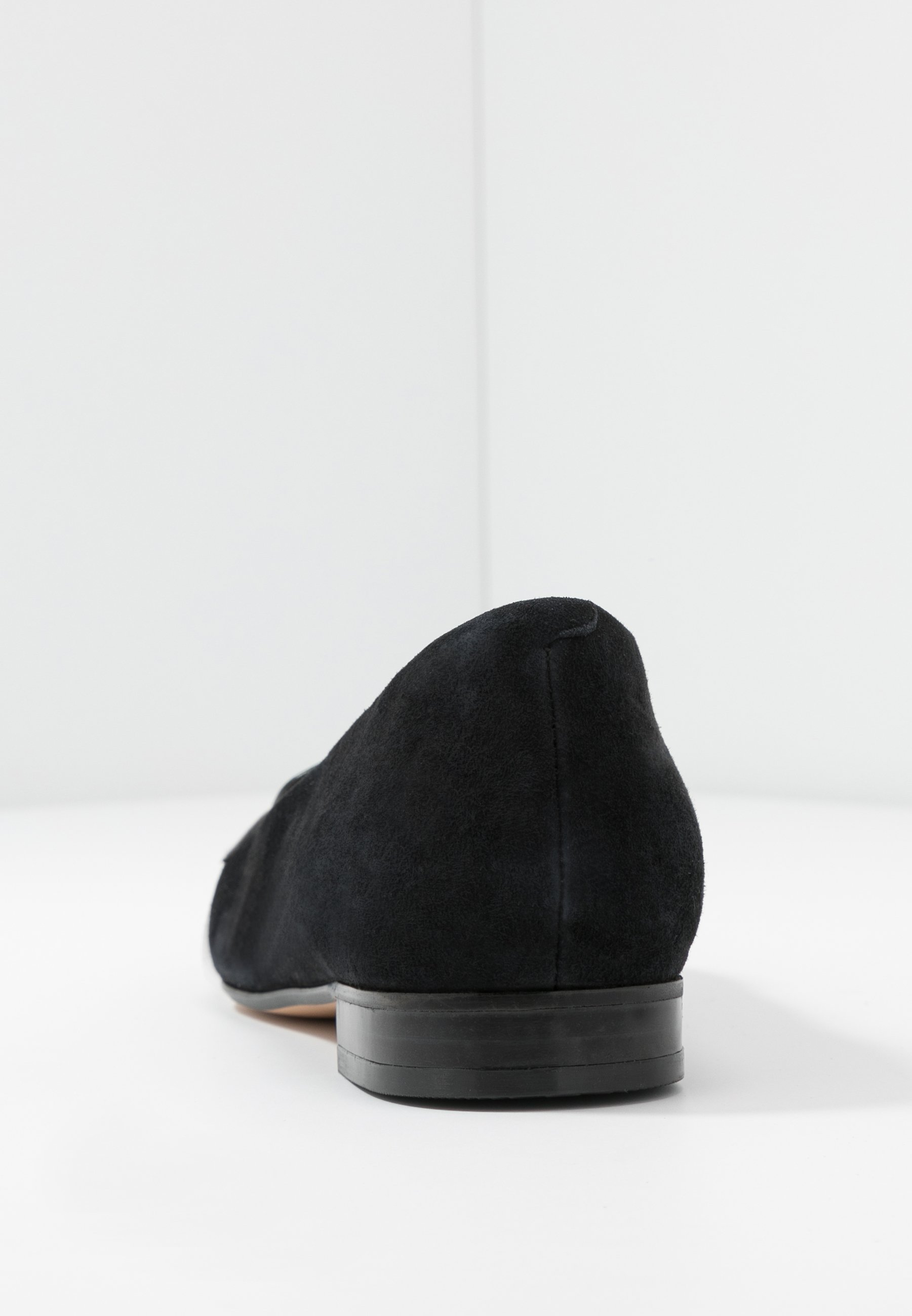 Clarks Laina Loafer - Slippers Back