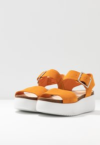 Clarks - BOTANIC STRAP - Platform sandals - amber - 3