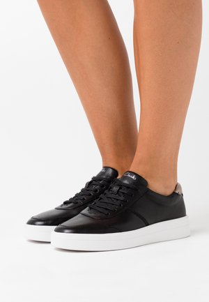 HERO WALK - Trainers - black