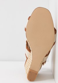 Clarks - IMAGE WEAVE - High heeled sandals - tan - 6