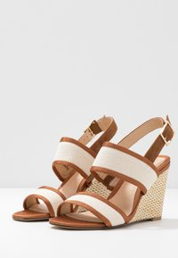 Clarks - IMAGE WEAVE - High heeled sandals - tan - 4