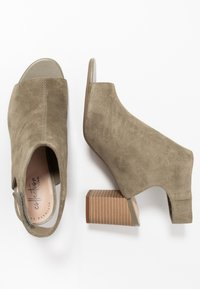 Clarks - DEVA BELL - Ankle cuff sandals - olive - 1