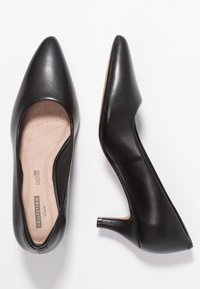 Clarks - LINVALE JERICA - Classic heels - black - 3